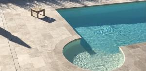Photo Margelle et plage de piscine en Travertin pierre naturelle