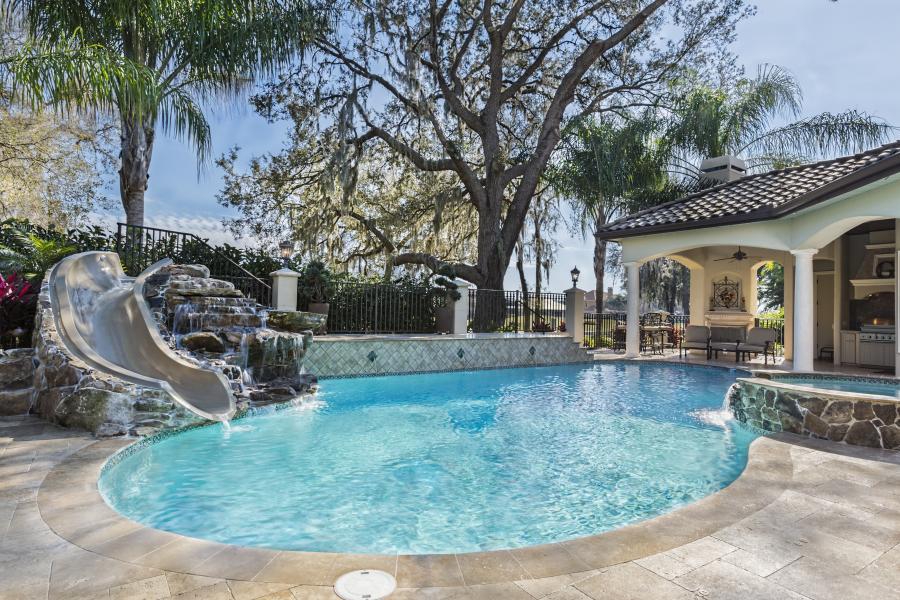 Photo Travertin pour extérieur en terrasse et plage de piscine