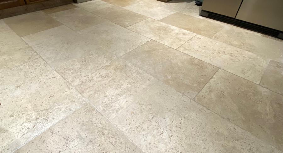 Photo Carrelage pierre intérieur en Travertin