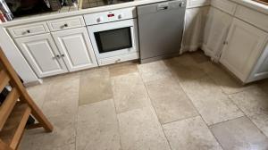 Photo Sol en pierre Travertin dans cuisine