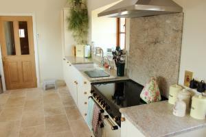 Photo Sol en Travertin pour cuisine